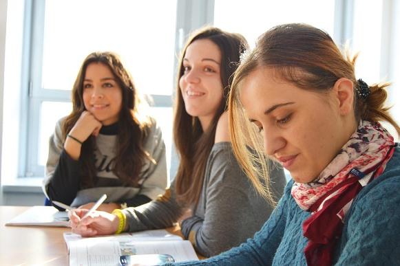 Os estudantes devem acompanhar o calendário de matrículas. (Foto Ilustrativa)