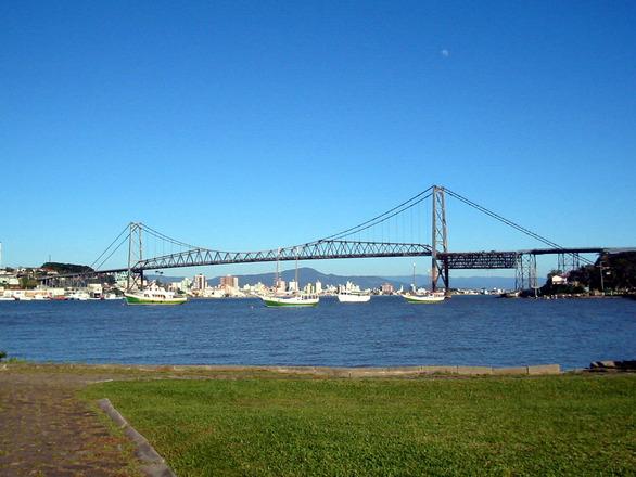 Florianópolis está entre os melhores destinos do Brasil, ainda mais em tempos de festas (Foto: Divulgação)