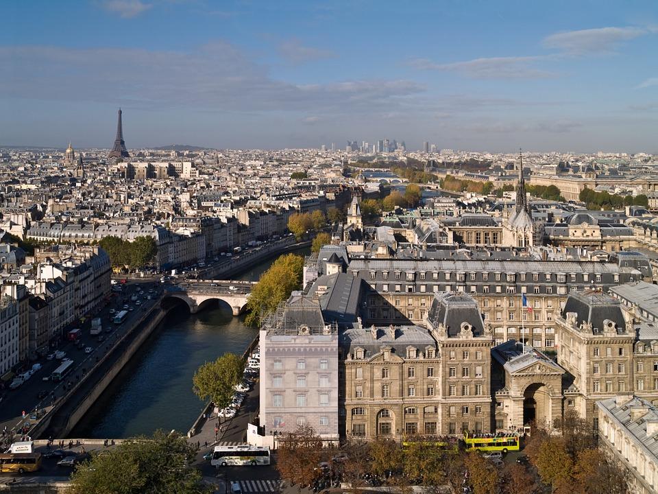 Paris tem centenas de lugares para serem desvendados pelos turistas (Foto: Divulgação)