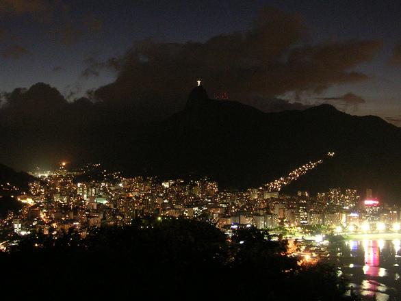 Cidade fica lotada com a chegada do ano novo (Foto: FreePik)