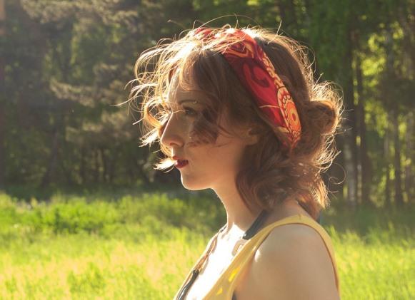 Penteado com lenço. (Foto Ilustrativa)