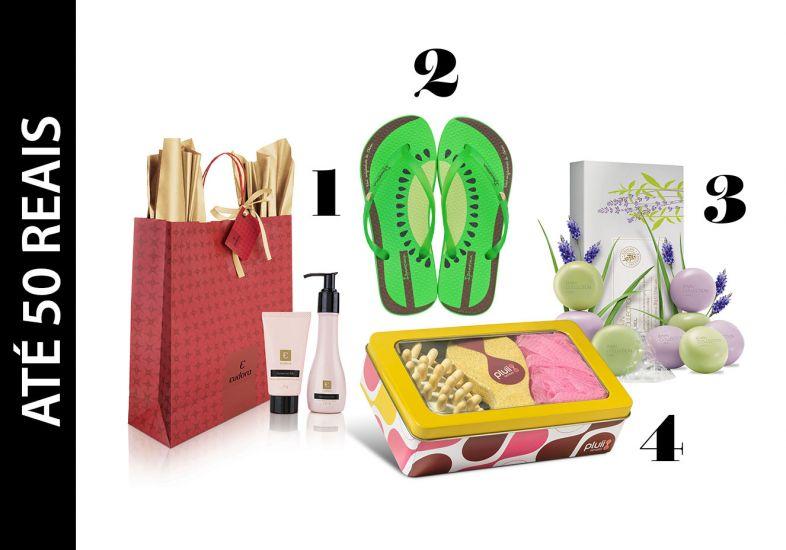 Chinelos, sacolas e caixas de presente de natal (Foto: Mdemulher)