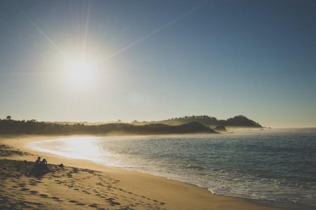 Além da super festa de ano novo, você ainda pode curtir as praias da região (Foto: Divulgação)