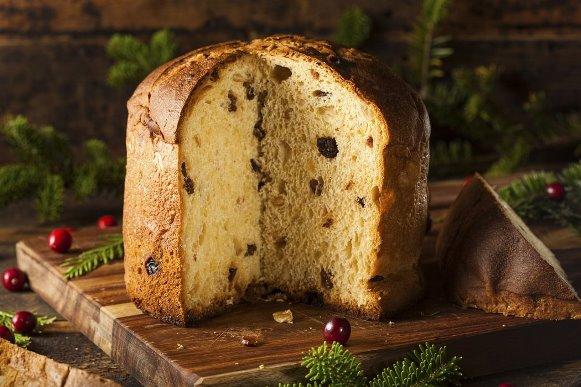 O bolo é preparado em forminhas de panetone. (Foto Ilustrativa)