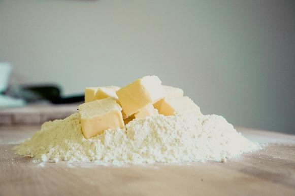 A massa leva farinha, manteiga e outros ingredientes. (Foto Ilustrativa)