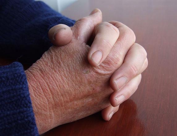 Rito de muita gente, oração durante a virada também é muito feita para atrair coisas boas (Foto: Divulgação)