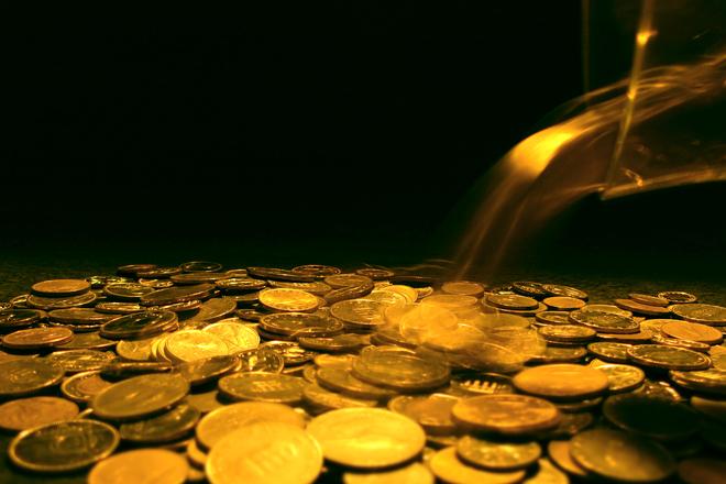 Lembre-se que ao abrir empresa, ainda que no Simples Nacional, você possui taxas para pagar (Foto: FreePik)