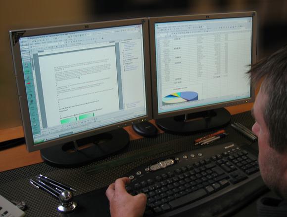É preciso ver se a empresa se enquadra no Simples Nacional (Foto: FreePik)