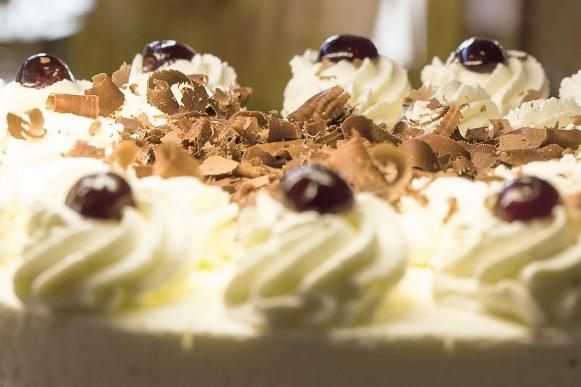 Torta branca para Réveillon 2016. (Foto Ilustrativa)