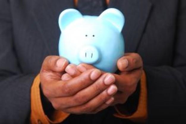 Com aumento, guarde dinheiro (Foto: FreePik)