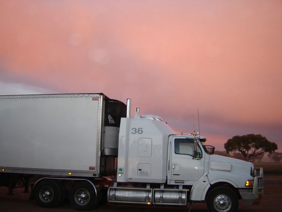 Os caminhões pagam alíquota de 1% no IPVA do Espírito Santo (Foto Ilustrativa)