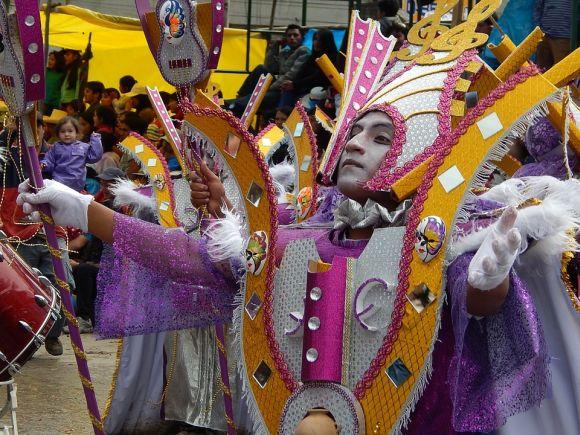 Os tradicionais desfiles do Rio de Janeiro e de São Paulo já têm as programações definidas (Foto Ilustrativa)