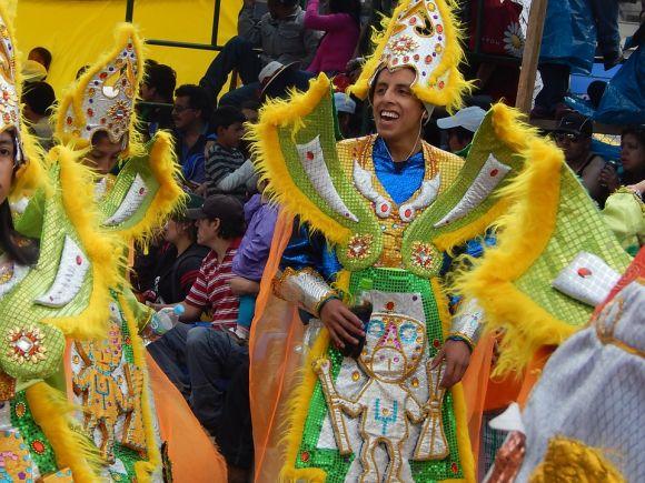 Os desfiles das escolas de samba estão entre as principais atrações do carnaval brasileiro (Foto Ilustrativa)