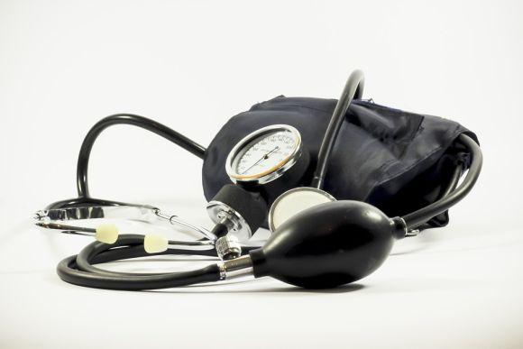 Várias vagas para médicos e enfermeiros estão disponíveis (Foto Ilustrativa)