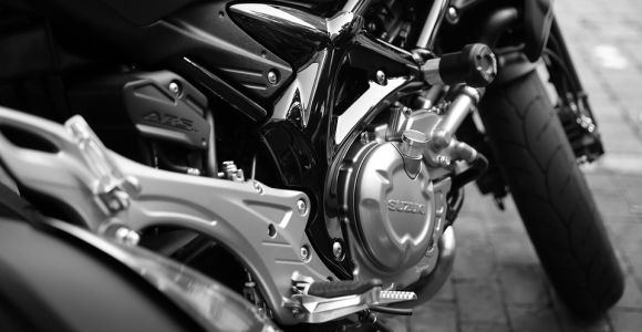 Mas o consórcio também é uma boa alternativa, tanto para comprar carro quanto moto (Foto: Pixabay)