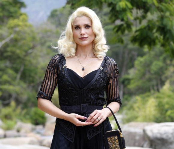 Flávia Alessandra dá vida à vilã da nova novela das 6 (Foto: Reprodução Gshow)