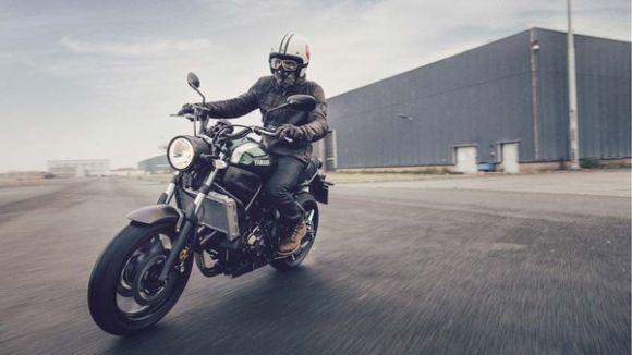A nova XSR700 chega primeiro ao mercado europeu (Foto: Divulgação Yamaha)
