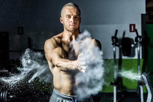 Alguns suplementos melhoram o rendimento nos treinos e ajudam a ganhar massa muscular. (Foto Ilustrativa)