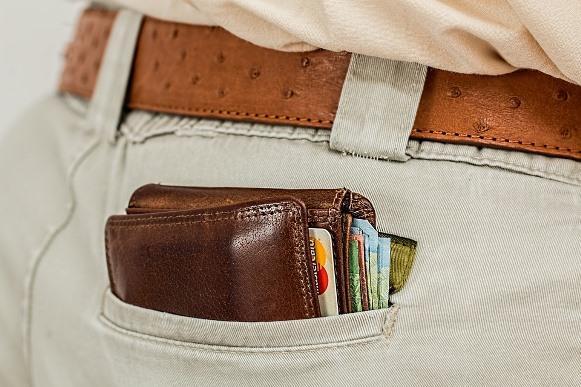 Guarde pelo menos 30% do que você ganha por mês. (Foto Ilustrativa)