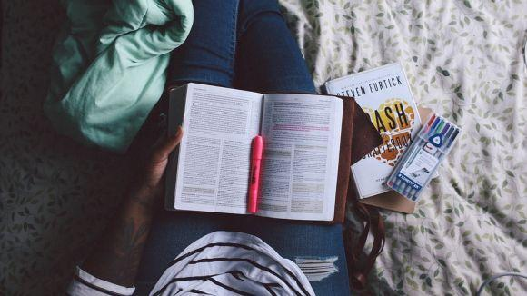 Comece a estudar antes de sair o edital (Foto Ilustrativa)
