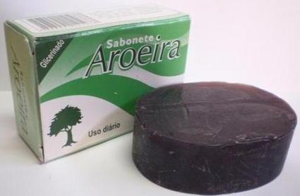 Sabonete de Aroeira é um produto extremamente benéfico para a sua pele (Foto: Divulgação)