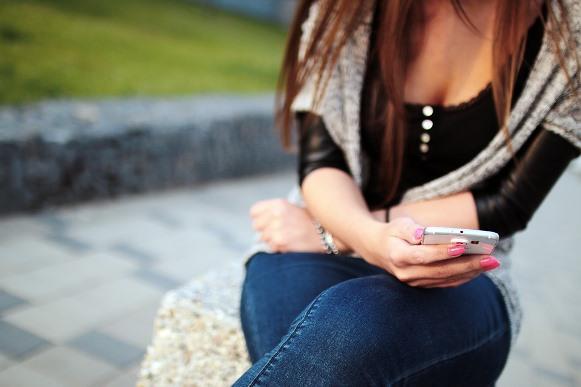 Você pode criar uma conta com o número do celular ou usar o login do Twitter. (Foto Ilustrativa)