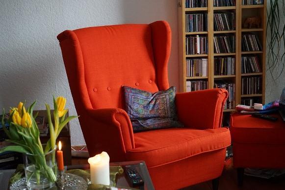 Aposte em móveis com cores fortes. (Foto Ilustrativa)