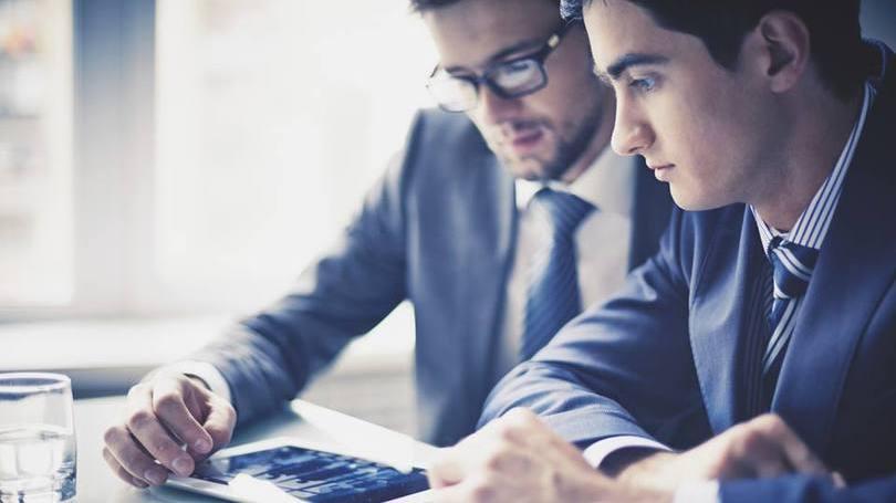 Jovem pode ingressar numa grande empresa (Foto: Exame/Abril)