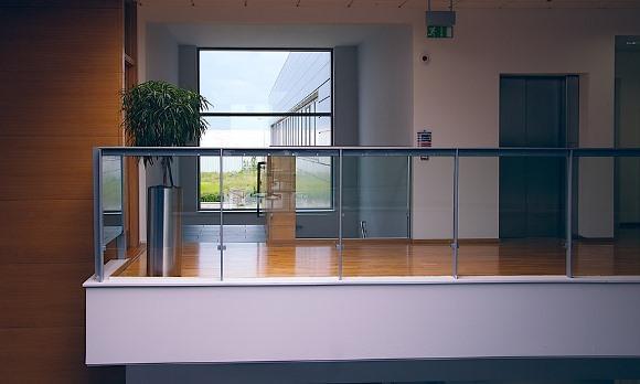 Amplie o espaço eliminando o excesso da decoração. (Foto Ilustrativa)