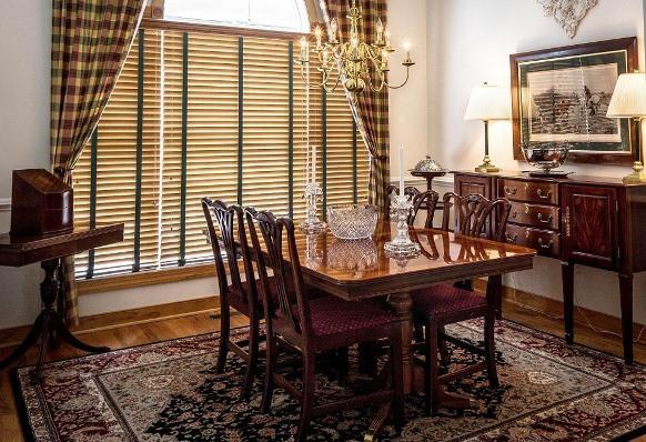 A limpeza da cortina deve considerar as limitações do tecido. (Foto Ilustrativa)