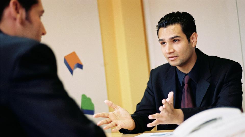 Grandes empresas estão buscando novos profissionais  (Foto: Exame/Abril)