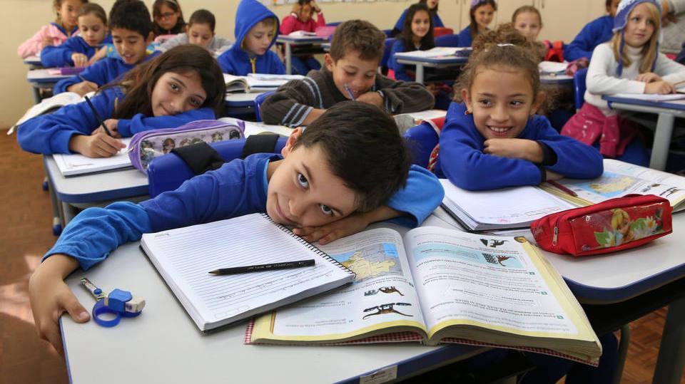 É importante saber escolher a nova escola do seu filho (Foto: Exame/Abril)