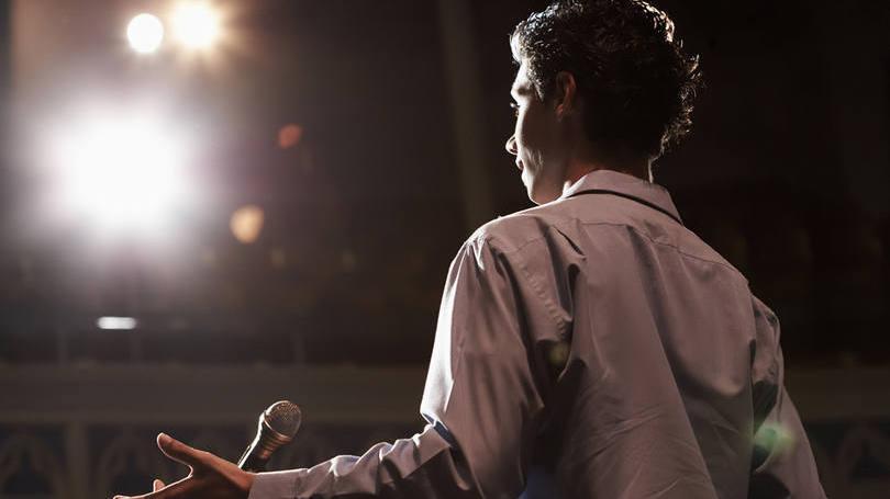 Falar em público é o maior medo dos jovens em processos seletivos (Foto: Exame/Abril)