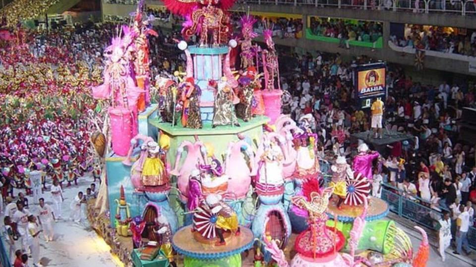 Busque inspirações nas escolas de samba (Foto: Exame/Abril)