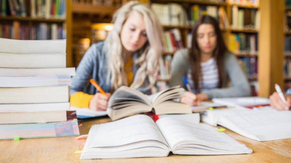 É preciso se dedicar aos estudos e ao estágio (Foto: Exame/Abril)