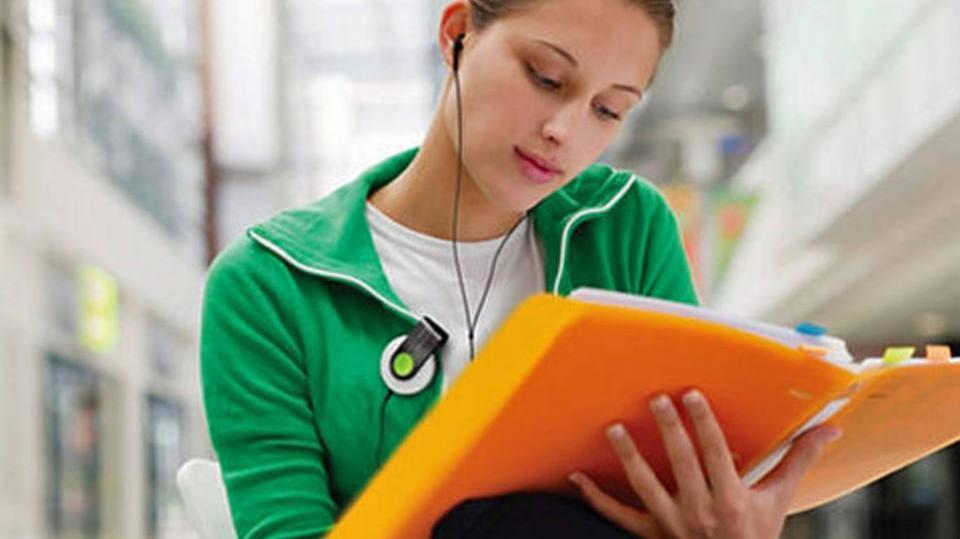 Jovem precisa seguir alguns requisitos para preencher as vagas (Foto: Exame/Abril)