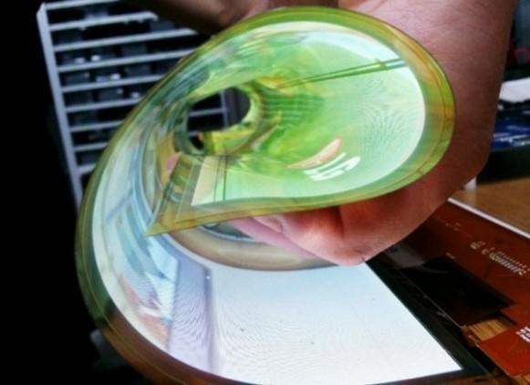 O display pode ser enrolado como uma folha de jornal. (Foto: Divulgação)