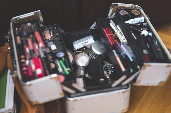 Maleta de maquiagem: aprenda montar seu kit de maquiagem. (Foto Ilustrativa)