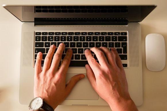 A área de tecnologia continua em crescimento. (Foto Ilustrativa)