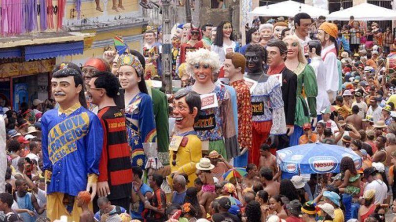 Cidade é conhecida pelos bonecos grandes (Foto: Exame/Abril)