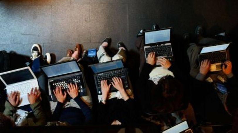 Cuidado ao comprar de sites desconhecidos (Foto: Exame/Abril)