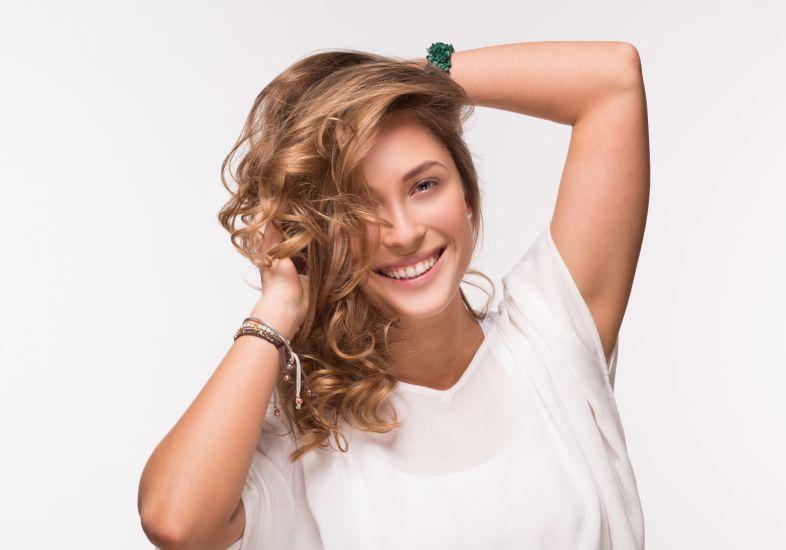 Teste o cabelo certo antes (Foto: Mdemulher)