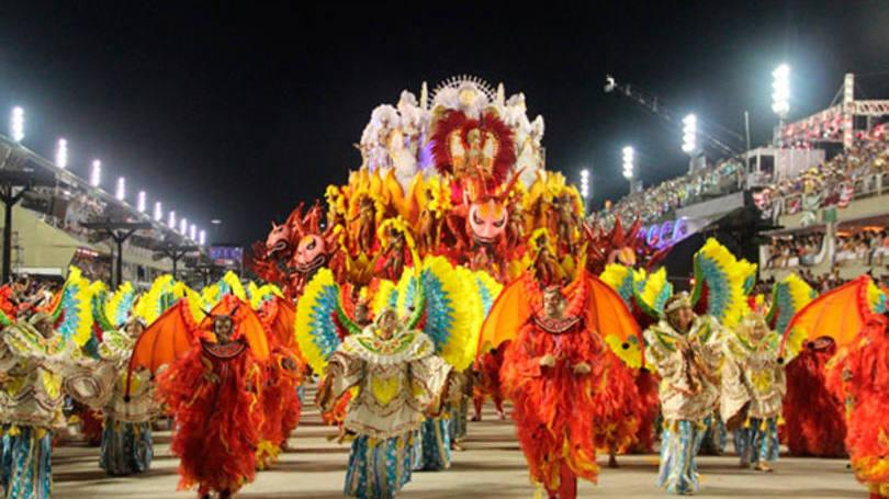Algumas escolas de samba buscam jovens nesta época do ano (Foto: Exame;Abril)