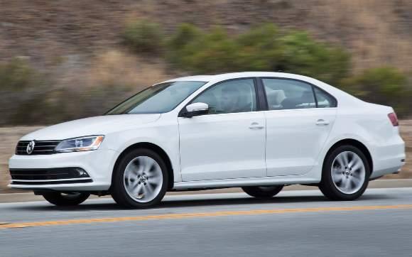 Volkswagen Jetta com motor 1.4 TSI 2016 fotos, preços 4