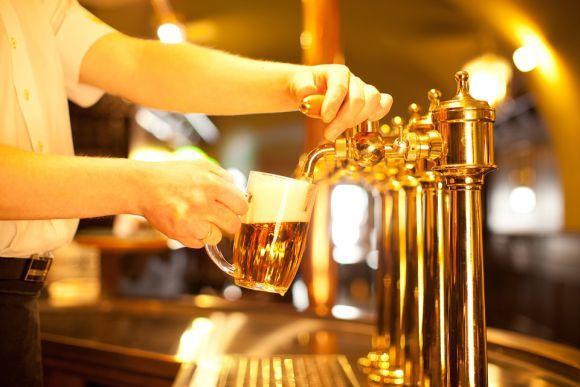 A empresa fabrica algumas das cervejas mais populares do Brasil (Foto Ilustrativa)