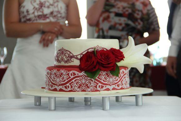 Os bolos de casamento chamam muito a atenção dos convidados (Foto Ilustrativa)