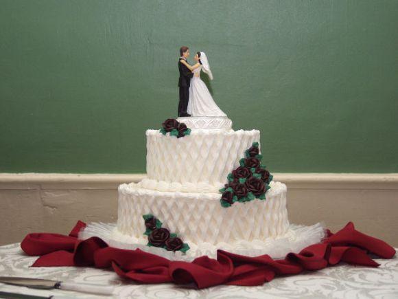 Mais um exemplo de bolo para casamento interessante (Foto Ilustrativa)