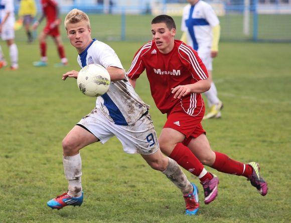Jogar futebol durante 75 minutos por semana é uma boa pedida para reduzir os riscos de câncer (Foto Ilustrativa)