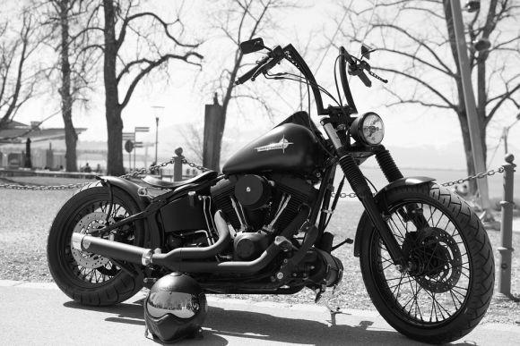 Também é possível concorrer às vagas para o curso de CNH para motocicletas (Foto Ilustrativa)