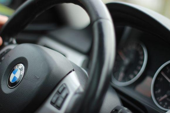 Os cursos preparam os alunos para atuar na manutenção de automóveis (Foto Ilustrativa)